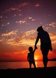 Fostra och sonen Arkivbilder