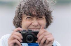 Fotógrafo alegre Imagenes de archivo