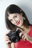 Fotógrafo atractivo de la muchacha Imágenes de archivo libres de regalías