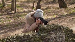 Fotógrafo da menina video estoque