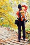 Fotógrafo da natureza no parque nacional de Plitvice Imagens de Stock Royalty Free