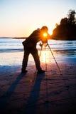Fotógrafo de la bahía de la puesta del sol fotos de archivo libres de regalías
