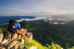Fotógrafo de la montaña Foto de archivo libre de regalías