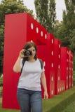 Fotógrafo de la mujer Imagen de archivo libre de regalías