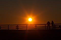 Fotógrafo de la puesta del sol de Pizzoc Foto de archivo libre de regalías