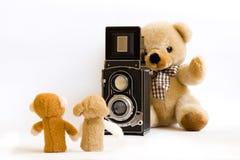Fotógrafo del oso del peluche Imagenes de archivo