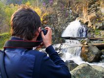 Fotógrafo e a natureza bonita Fotos de Stock