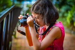 Fotógrafo joven Fotografía de archivo libre de regalías