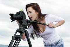 Fotógrafo novo da mulher profissional Foto de Stock Royalty Free
