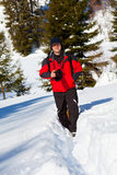 Fotógrafo profesional en el paisaje del invierno Imagenes de archivo