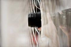 Fotógrafo profissional que toma imagens Imagens de Stock