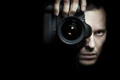 Fotógrafo que toma a foto com câmera Fotografia de Stock Royalty Free
