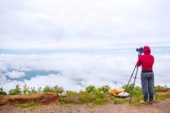 Fotógrafo que toma a fotografia da natureza do curso de Tailândia Fotografia de Stock Royalty Free