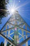 150 fot det sol- tornet överst av Mt Wilson (som byggs i 1910) används i första hand för att anteckna det magnetiskt fältfördelni royaltyfria bilder