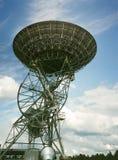 45 fot teleskop på det gröna bankobservatoriumteleskopet på gräsplan B Royaltyfria Bilder