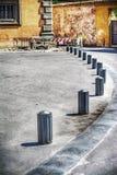 Fot- vandringsled med metallgräns i Pisa Arkivbild