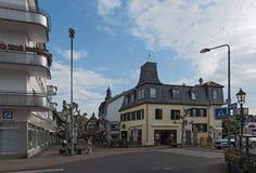 Fot- zonhörngata på Untertoren, Hofheim f.m. Taunus, Tyskland arkivbild