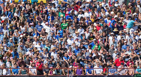 fotboll för la för jordskalvgalaxlek vs Royaltyfria Foton