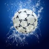 Fotboll klumpa ihop sig Arkivfoton