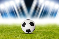 Fotbollboll i stadion Arkivfoto