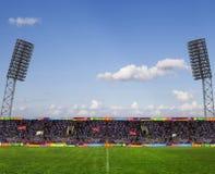 Fotbollfält med ställningbrädet Arkivbild