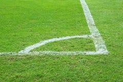 Fotbollhörnfält royaltyfri fotografi