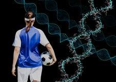 fotbollkvinna med teknologiska dna-kedjor Svart bakgrund Arkivbild