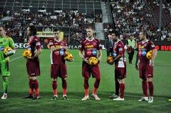 Fotbollmatchbeginning Royaltyfri Foto