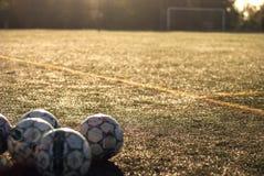 Fotbollsarena textur för green för gräs för bakgrundsfältfotboll Fotbollportar _ arkivbild