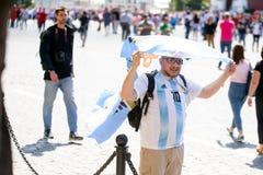 fotbollsfan av Argentina på världscupen i Ryssland royaltyfria bilder