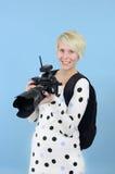 Fotógrafo con la cámara de DSLR Imagen de archivo libre de regalías
