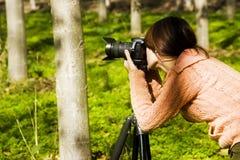 Fotógrafo de sexo femenino Imágenes de archivo libres de regalías