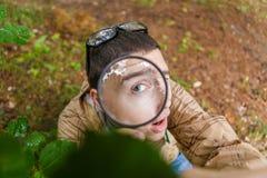 Foto överst av den unga ekologen Arkivfoto