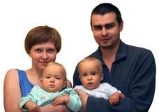 Foto семьи с 2 малышами Стоковое Изображение