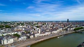 Foto aérea de Quai de la Fosse en centro de ciudad de Nantes imágenes de archivo libres de regalías