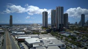 Foto aérea de Southport CBD da rua principal e do broadwater Imagens de Stock Royalty Free