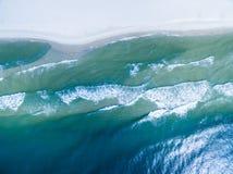 Foto aérea do zangão - oceano imagens de stock