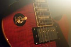 Foto abstrata da guitarra elétrica, preto e branco macro Foto de Stock