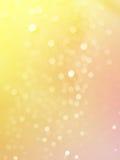 A foto abstrata da luz estourou pingos de chuva e brilhou fundo das luzes do bokeh Foto de Stock Royalty Free