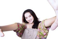 Foto adolescente del selfie que toma en estudio Foto de archivo