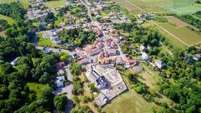 Foto aerea del villaggio di Logne del sur di Corcoue Immagini Stock Libere da Diritti