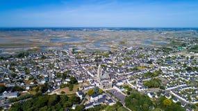 Foto aerea del villaggio di Mer del sur di Batz Immagini Stock