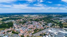 Foto aerea della città di Machecoul nella Loira Atlantique Fotografia Stock Libera da Diritti