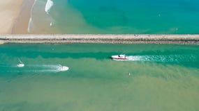 Foto aerea delle barche nel porto di Gilles Croix de Vie del san immagini stock