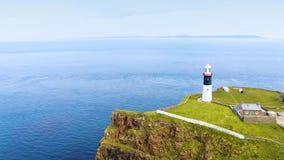 Foto aerea l'Oceano Atlantico Antrim Irlanda del Nord del faro dell'isola orientale di Rathlin fotografie stock