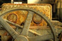 Foto arrugginita del hdr del primo piano dell'ingranaggio fotografie stock
