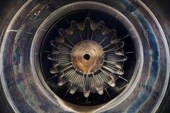 Foto ascendente cercana del motor a reacción Fotografía de archivo