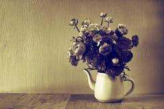 Foto av blomman svartvitt foto för gammal stil Royaltyfri Fotografi