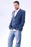 Foto av den enorma grabben i jeans Arkivfoton