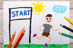 Foto av den färgrika teckningen: pojke som startar körningen royaltyfri fotografi